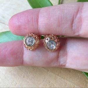 Jewelry - NWOT 18K Gold Plated White Topaz Stud Earrings